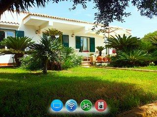 Villa Revoluta -Angolo di paradiso a 100m dal mare, Granitola