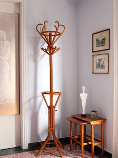 Antique coat-rack and original Greek artwork in the entrance area (lounge door closed)