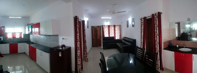 SMART VIEW OF KITCHEN AND DINING AREA