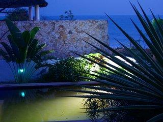 Plage à 20m, piscine écologique, vue  océan, Popenguine