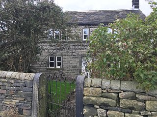 Butts Farm Top o the Lane Stocksmoor nr Holmfirth