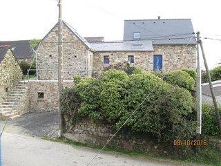 Vue d'ensemble de la maison  (façade nord )