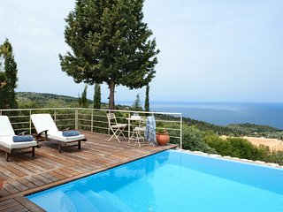 Villa Iasmos with Private Pool, Agios Nikitas