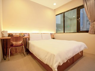 Cozy place just 3 minutes walk from ximen mrt