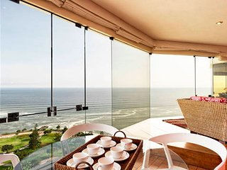 I15: PANORAMIC OCEAN VIEW, POOL & GYM, Lima