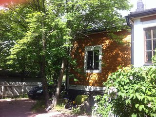 A lovely house w/garden in Helsinki