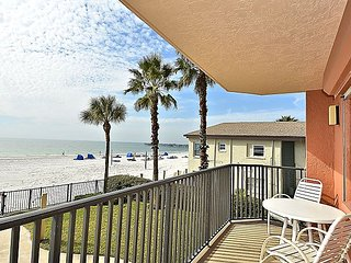 Emerald Isle #103 - Beautiful 3 bedroom condo with a beach front balcony!