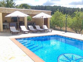 Can Empedrat espaciosa relajante, piscina chillout, Sant Joan de Labritja