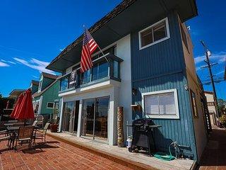 Beach & Bayfront in Belmont Shore – Bay-View BBQ Patio – 30 Day+ Rentals, Long Beach