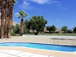 Mesa DeAnza: 2BR, 2.5BA deAnza Golf Course & Mid-Century Home with Pool, Borrego Springs
