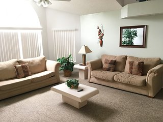 Heather's Hideaway- Vacation Home Near Disney, Kissimmee