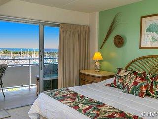 Ilikai Suites 908 Ocean / Sunset / Marina Views King Bed, Honolulu