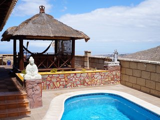 Great Villa for 8p., private pool near the beach