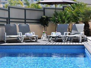 Villa Corcovada fantástica vivenda moderna com 4 quartos e piscina privada, Albufeira