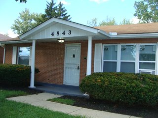 Calis Villa, Dayton