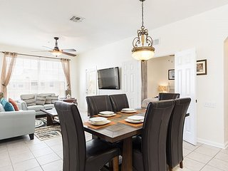 Florida Living | Beautiful Condo with Upgraded Granite Countertops and Wood Floors Located in Bldg 3 on the Top Floor with Breathtaking Views, Orlando