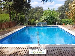 Masia de Gaia for up to 20- 39 guests in the Catalonia countryside!