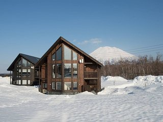 The Orchards - Sawara (4BR)