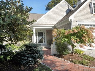 146 Hollingsworth Road, Osterville