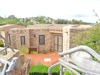 Villa with sea view and two bedrooms, Costa Paradiso