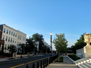 (2nd St 3A) 1 block to Capitol great location nice spot, Washington D.C.
