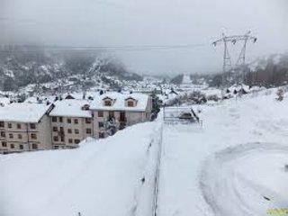 APTO. ECONOMICO, ESCARRILLA, 5kms pistas esqui Formigal, Escarrilla