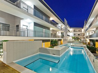 Success Apartment, free loan car, Coogee