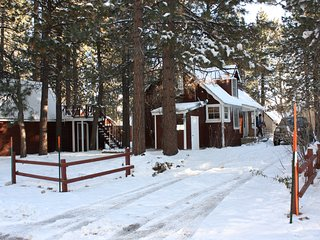 Romantic Story Book Cabin, Big Bear Lake