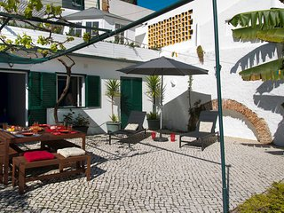 São Bento Flat: Spacious, Terrace, Airport Pick-up