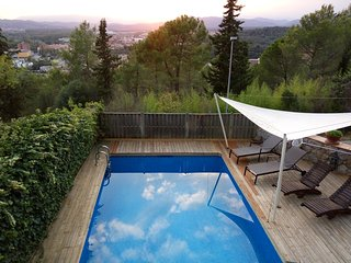 Charming villa overlooking Girona with private swimming pool, garden and BBQ