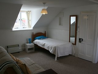 Attic Studio Flat, Woodford