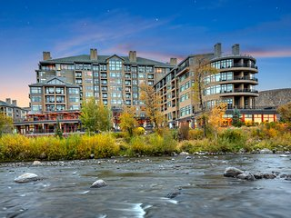 Platinum 2-Bdrm,Sleeps 8, Full Kitchen, Ski in/out
