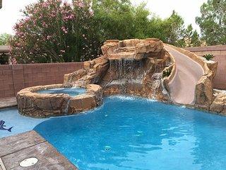 Las Vegas Getaway #1 - w/ pool, slide, theater rm