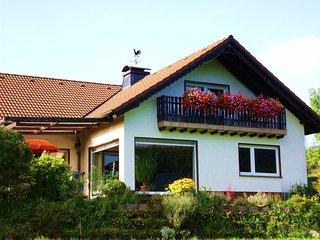 Traumferienwohnung mit Panoramablick u. 2 Balkonen, Wenholthausen