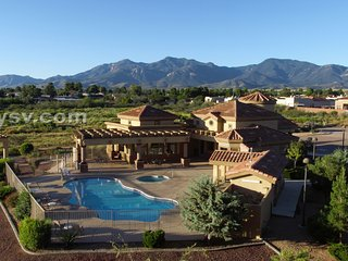 Casa Antigua Condominiums Pool view - Sierra Vista's Finest