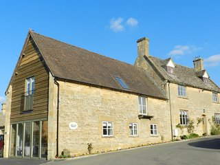 George Barn (M3I accessible accomodation), Chipping Campden