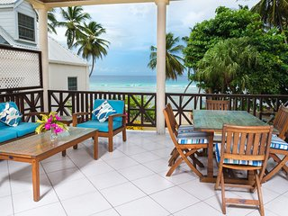 Three Bedroom Apartment on the Beach