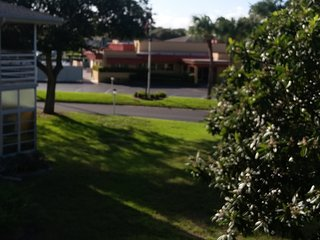 55 OR OLDER 1 BEDROOM CONDO IN PORT ST LUCIE, Port Saint Lucie