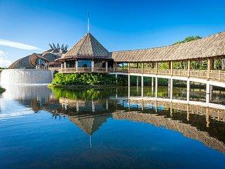 Relax at Mayan Palace at Rivieira Maya