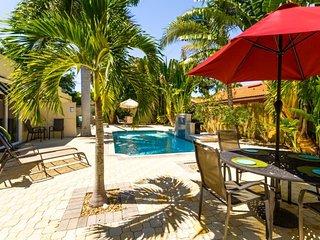 Hibiscus Villa, Gulf Gate Branch