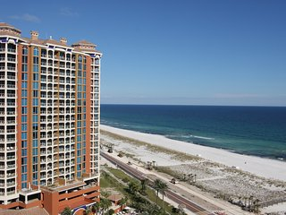 Budget friendly 3 br Portofino Resort!!!! Only 4 night Minimum for Blues & 4th!, Pensacola Beach