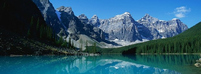 Moraine Lake in Lake Louise