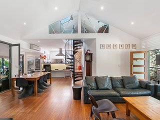 The Church - Large family home in central location, Curl Curl