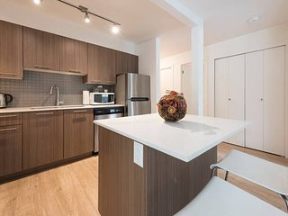 Luxury two bedroom apartment with parking, North Vancouver