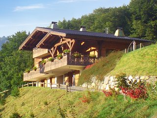 Huge chalet 3km from the slopes, Saint Jean d'Aulps