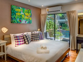 STUDIO POOL ACCESS BEACHFRONT, Nai Harn