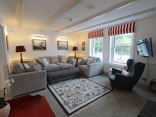 HQ: Large three-bed, recently refurbed Fowey home