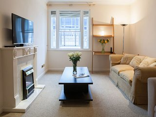 Victoria Station I apartment in Westminster with WiFi, gedeeld terras & lift., London