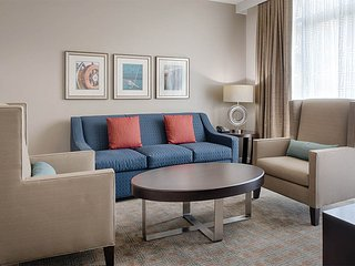 2 Bedroom Home Away From Home at the National Harbor Sleeps 8
