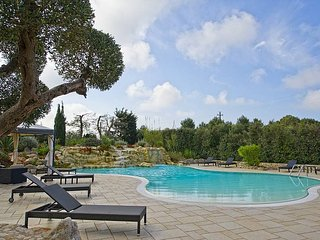 Sant'Antonio Villa Sleeps 4 with Pool Air Con and WiFi - 5229329